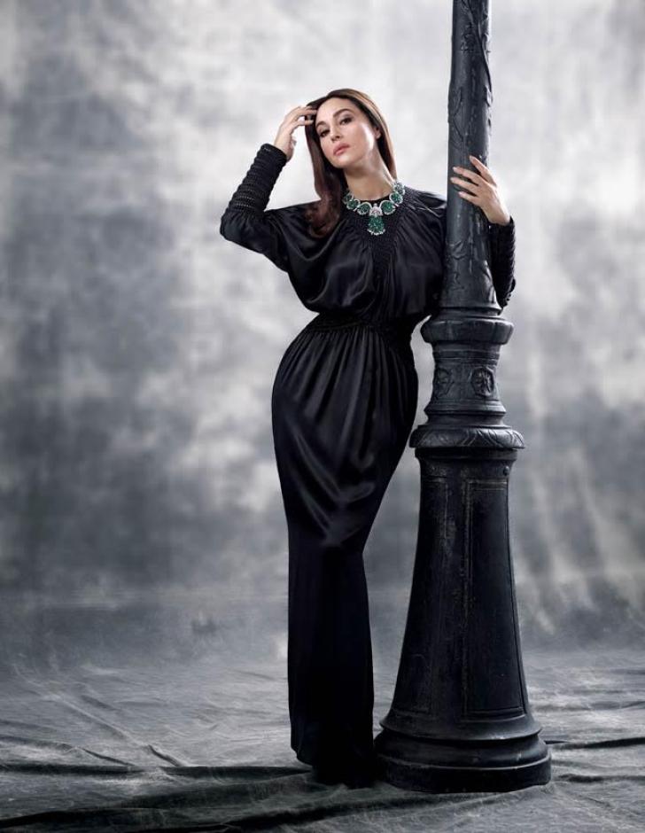 Monica Bellucci, splendidă la 51 de ani! Cum a pozat, pentru un pictorial