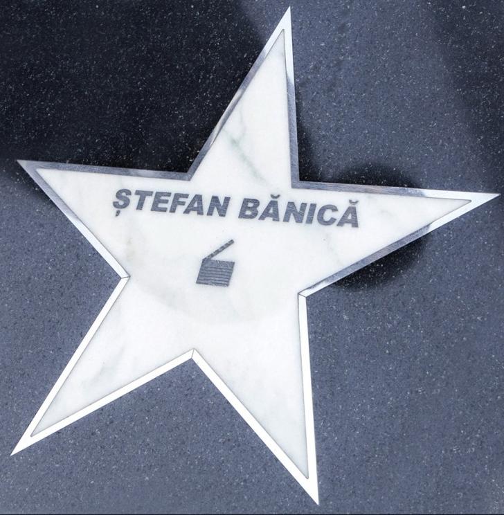 Cum arată fiul lui Ştefan Bănică Jr, Radu. Primul copil al cântăreţului are 14 ani