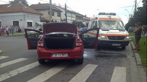 Accident groaznic în Timişoara. Trei maşini şi un autobuz, implicate