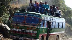 Accident groaznic de autobuz în Nepal. Cel puţin 22 de morţi