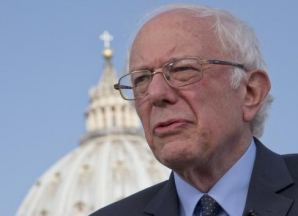 Papa Francisc s-a întâlnit cu Bernie Sanders, înainte de a pleca în Grecia