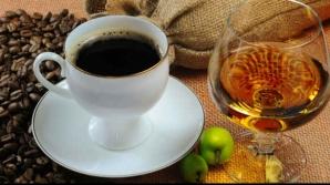 De ce nu este bine să tratăm mahmureala cu cafea. Iată ce se întâmplă în organismul nostru