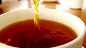 Ceaiul care te scapă de burtă. Efectul lui este uimitor