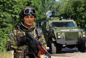 Militarii se țin de glume de 1 aprilie. L-au trimis pe Marian Godină în Afganistan!