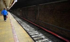 Praf alb la metrou