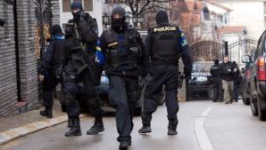Explozii şi focuri de armă în Kosovo, înaintea unei vizite a premierului Serbiei