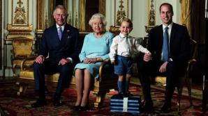 Regina Marii Britanii împlineşte astăzi 90 de ani