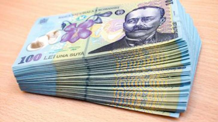 Veste bună pentru angajaţi: creşte salariul minim brut de la 1 mai. La ce sumă ajunge