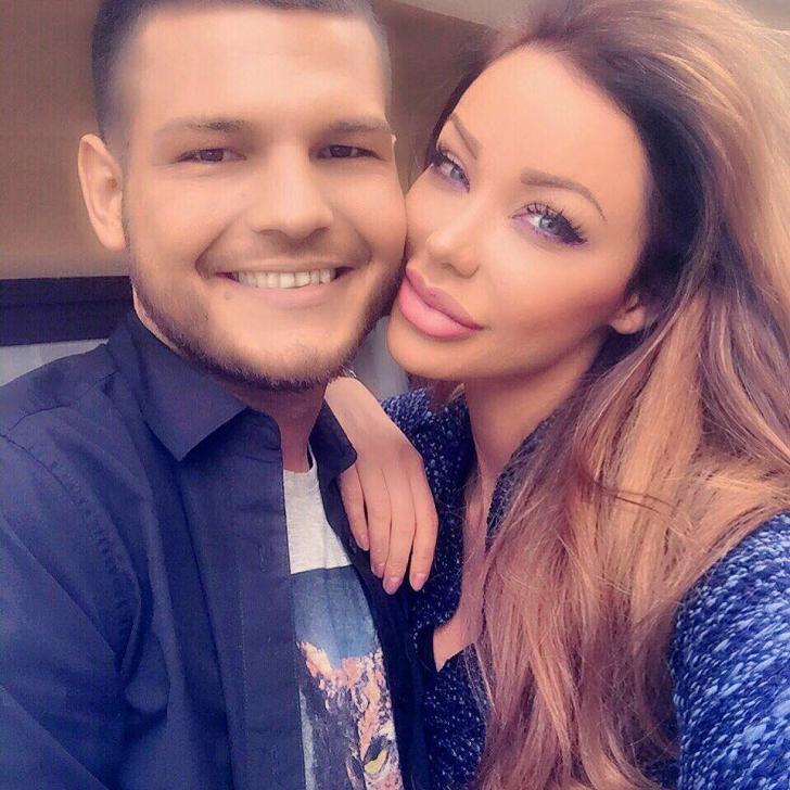 """Bianca Drăguşanu nu se mai ascunde. I-a spus oficial unui prezentator TV: """"Te iubesc""""."""