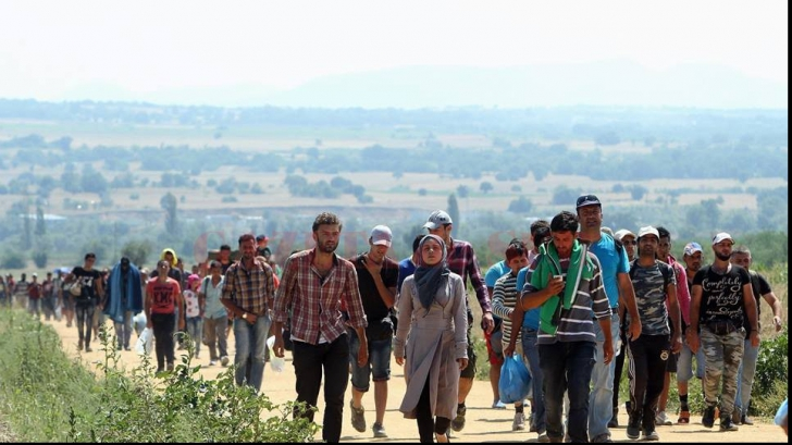 Statele Uniunii Europene care nu acceptă refugiaţi ar putea pierde fonduri comunitare