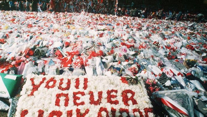 Decizia justiției britanice, la 27 de ani de la tragedia de pe Hillsborough: poliţia, de vină