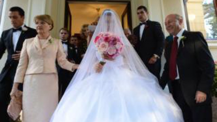 Divorţ iminent în familia Băsescu. Nu se mai înţeleg