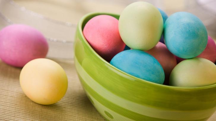 Ce pățești dacă mănânci prea multe ouă de Paște