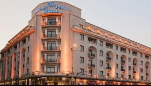 Salariu hotel de cinci stele