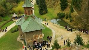 Scandal la Mănăstirea Prislop, după incendiul din această după amiază