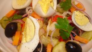 Așa prepari cea mai bună salată orientală. Rețeta pe care o știu doar bucătarii de renume