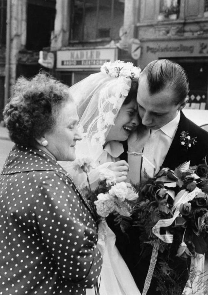 Cum s-au transformat nunțile în ultimii 100 de ani. Imagini de colecție