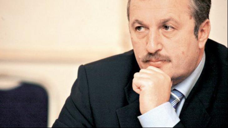 Dîncu: Nu cred că vor candida prea mulţi miniştri la alegerile parlamentare