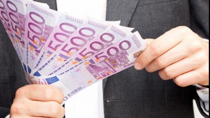 Un miliard de dolari, deturnaţi din fondurile UE. România, în mijlocul scandalului european