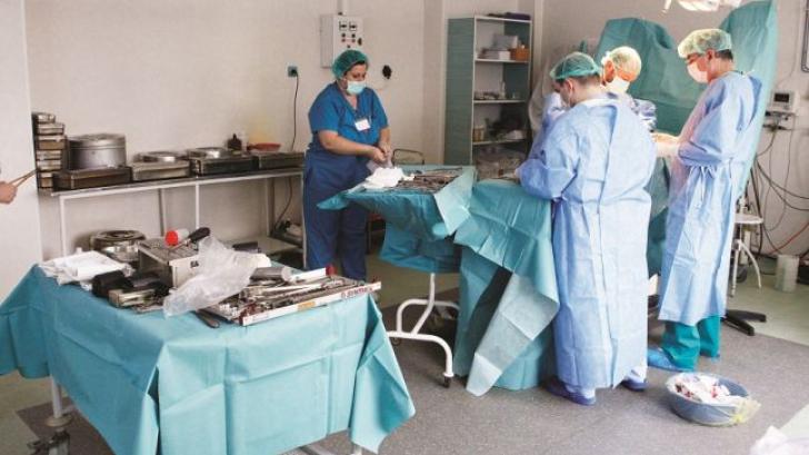 Percheziţii la 31 de spitale din ţară şi cabinetele unor medici. Ce acuzaţii li se aduc doctorilor