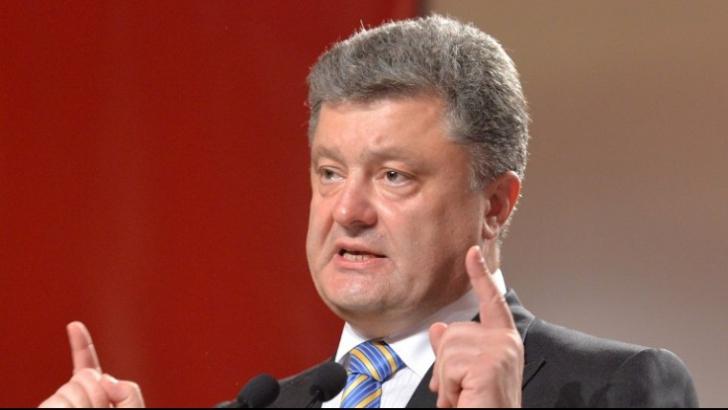 """Ucraina ar putea activa legea marţială. """"Rusia pregăteşte o invazie militară masivă"""""""