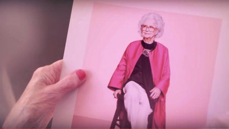 Un model de 100 de ani apare în premieră pe paginile Vogue