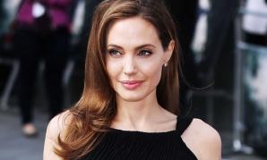 Dieta-şoc a Angelinei Jolie: pierzi kilogramele în plus într-un timp record