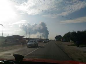 INCENDIU VIOLENT la o fabrică de încălţăminte din Jilava