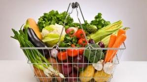 Obiceiul toxic care otrăveşte fructele şi legumele. Toţi facem asta, dar nu ştim cât e de periculos