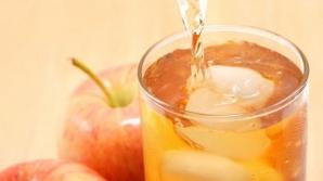 Obişnuieşti să bei suc naturale din fructe? Nu mai face acest lucru! Este mai nesănătos decât crezi