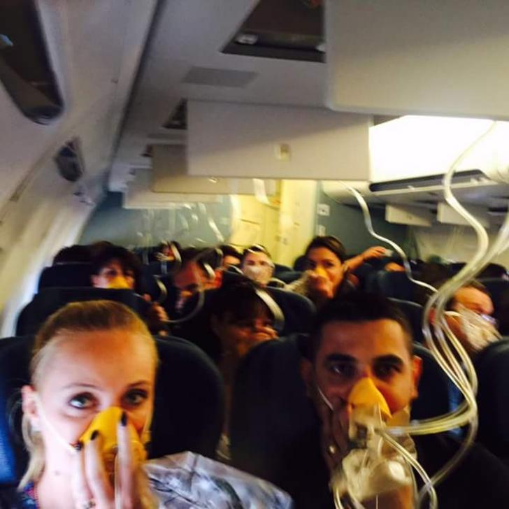 Panică la bordul unui avion plin de români. S-a întâmplat la scurt timp după delocare