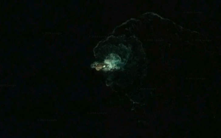 Monstrul marin pe Google Earth