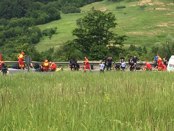 Accident cu patru morți și 22 de răniți, în Braşov. A fost activat codul roşu de intervenţie -UPDATE