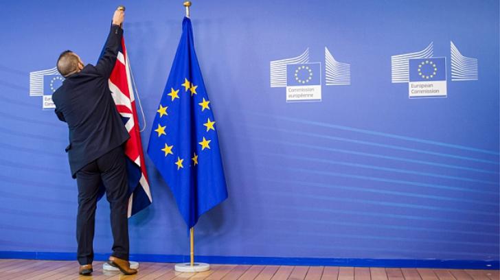 BREXIT. Cum va arăta divorțul Marii Britanii de UE după votul pro-BREXIT. E complicat