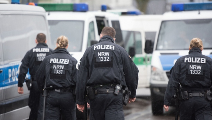 Atac armat într-un cinematograf din Germania. Bărbatul care a deshis focul, ucis de poliţişti