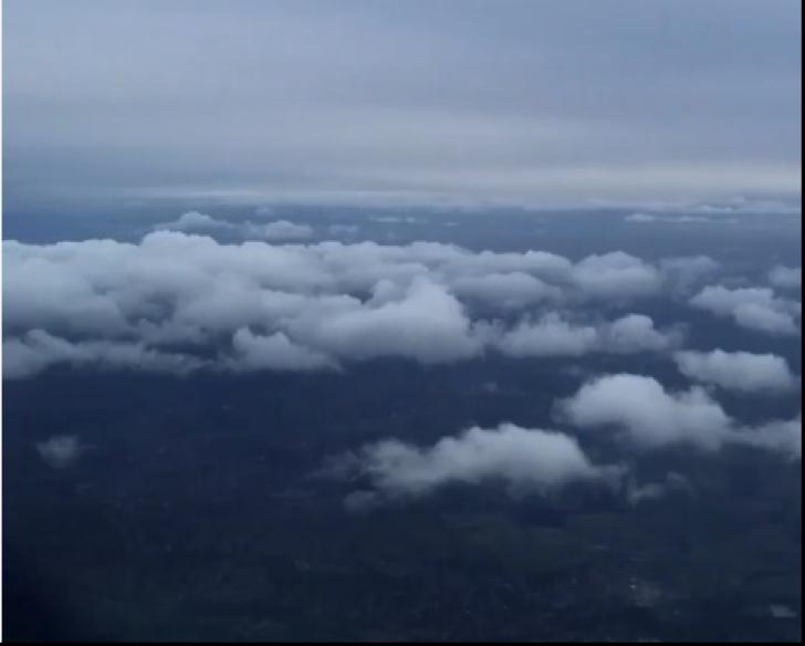 Ce văd piloții în momentul aterizării avionului. Imaginile sunt spectaculoase