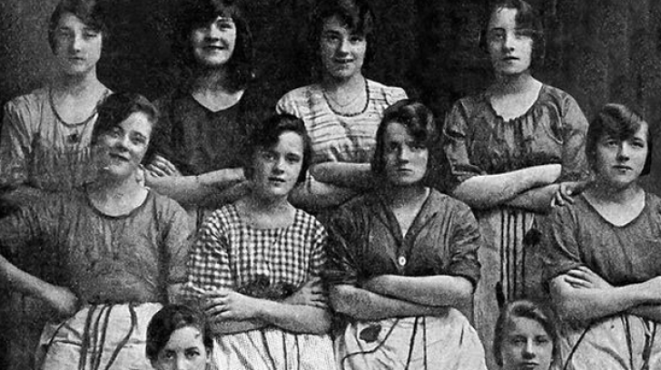 Fotografia de la 1900 care îţi dă fiori. După ce vei descoperi detaliul, te vei îngrozi!
