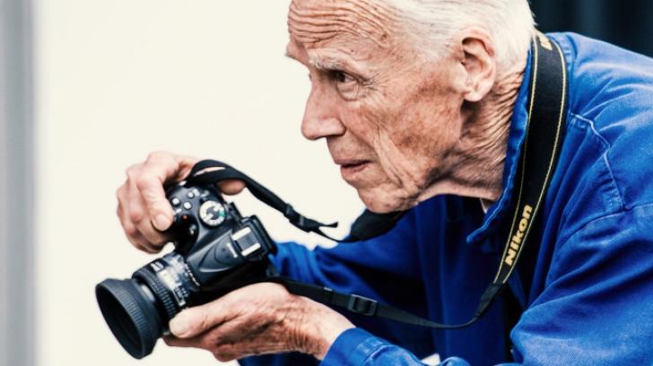 Celebrul fotograf de modă Bill Cunningham a murit la 87 de ani