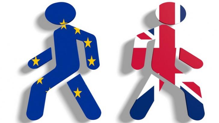 """Brexit: Moody's a retrogradat ratingul suveran al Marii Britanii la """"negativ"""""""