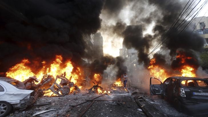 Cel puțin 22 de morți și 70 de răniți în două atentate cu vehicule-capcană la Bagdad
