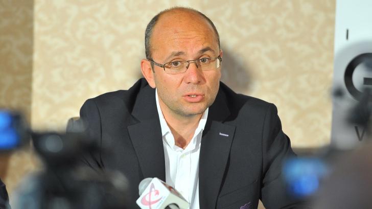 Cozmin Guşă: Avem o singură soluţie: parteneriatul cu SUA. Trebuie însă să fim profesionişti
