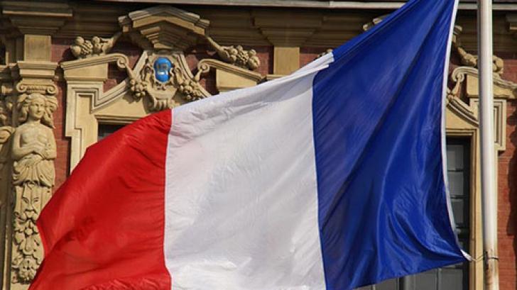 Prima reacție a Franței după BREXIT este una dură. Parisul e furibund