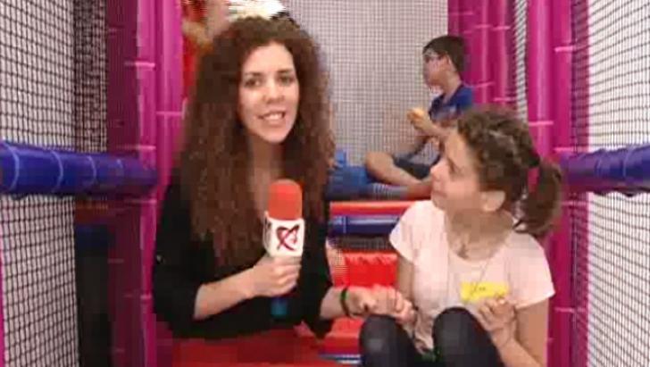 Copiii cu dizabilităţi din Bucureşti au primit în dar un loc de joacă special
