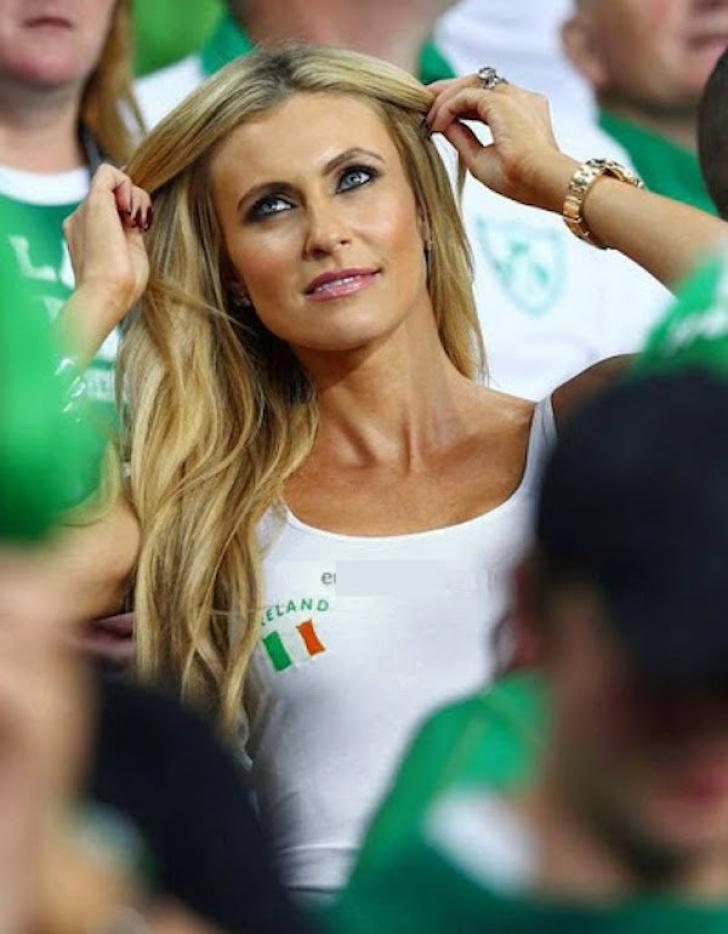 Cele mai sexy suporteriţe de la meciurile EURO 2016 FOTO