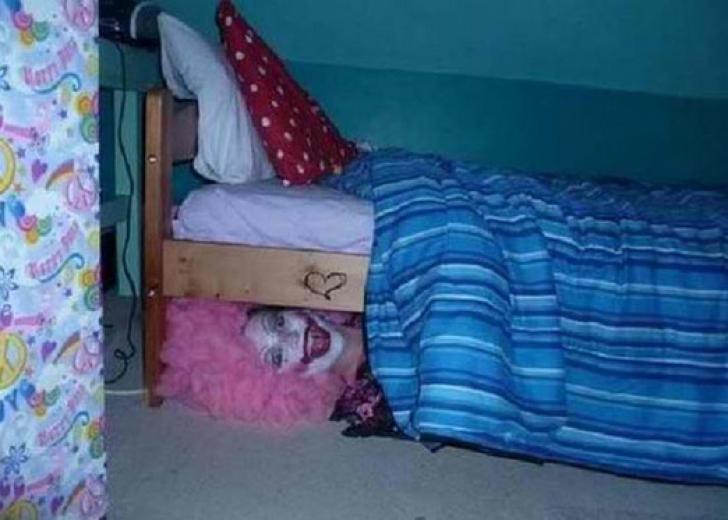 Cele mai ÎNFRICOŞĂTOARE poze de pe Internet! Imagini de coşmar. Ai curaj să le vezi?
