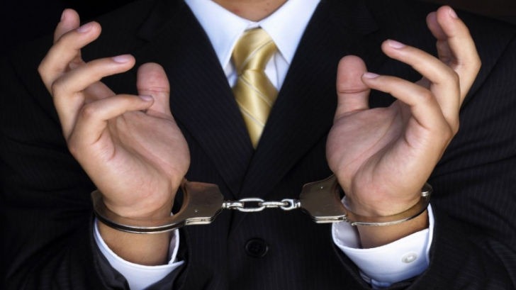 Aleşi, deşi au fost condamnaţi pentru corupţie