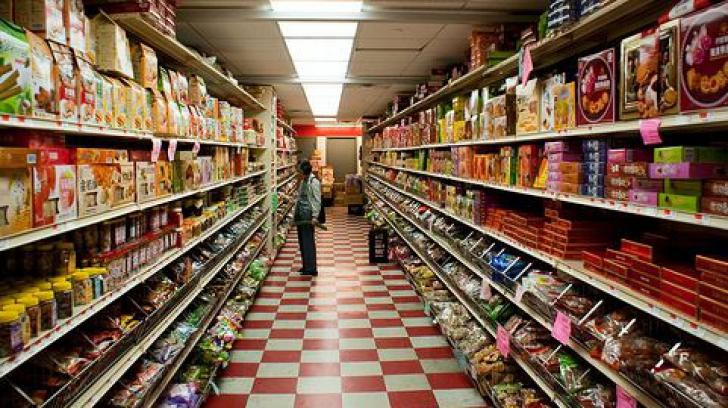 Legea privind combaterea risipei alimentare, adoptată. Alimentele aproape de expirare vor fi donate