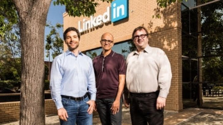 Microsoft cumpără LinkedIn. Valoarea tranzacţiei este uriaşă şi va fi plătită în numerar