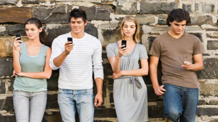Monitorizarea stării de sănătate a românilor cade în sarcina smartphone-ului. Foto/arhivă