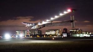 Avionul Solar Impulse 2 a încheiat cu succes un istoric înconjur al lumii